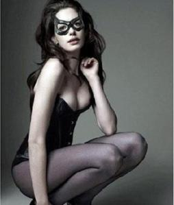 annehathaway-catwoman